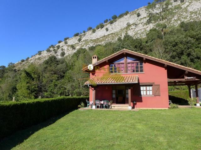 Ref.25N - Villa (Asturias)
