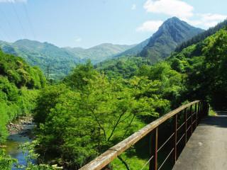 La Senda del Oso, una de las rutas de senderismo más emblemáticas de Asturias